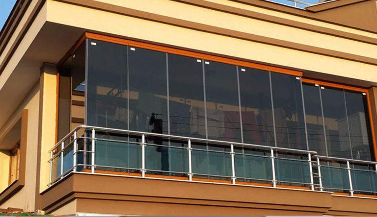 katlanir-askili-cam-balkon-sistemi
